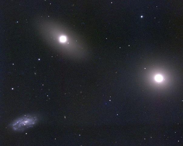 фотоснимки объектов каталога Месье - М105