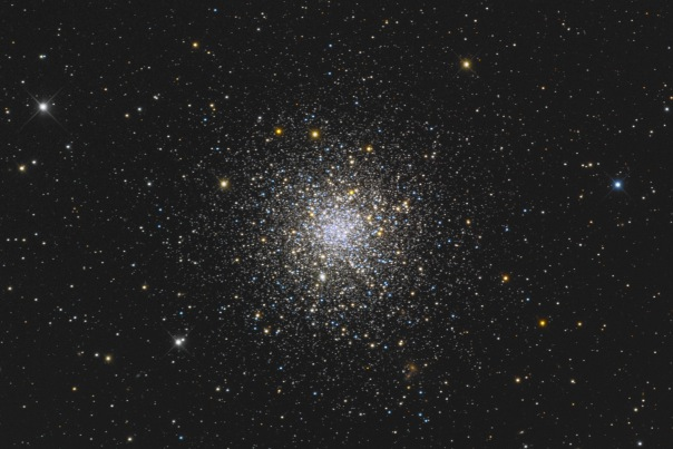 фотоснимки объектов каталога Месье - М12