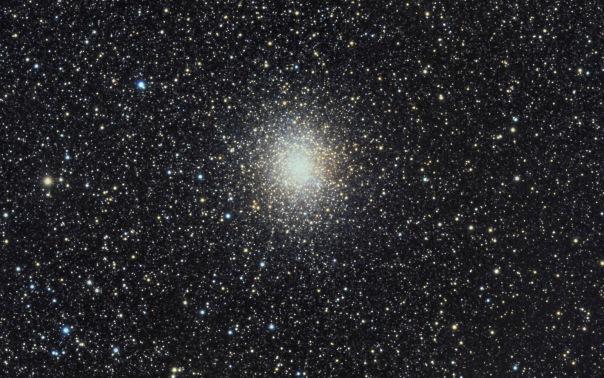 фотоснимки объектов каталога Месье - М19
