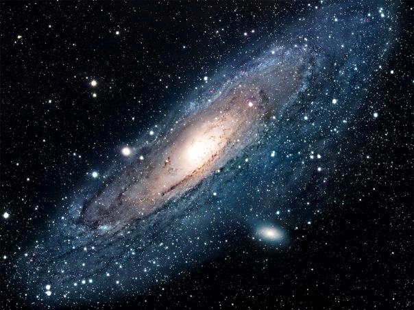 фотоснимки объектов каталога Месье - М31 и М32