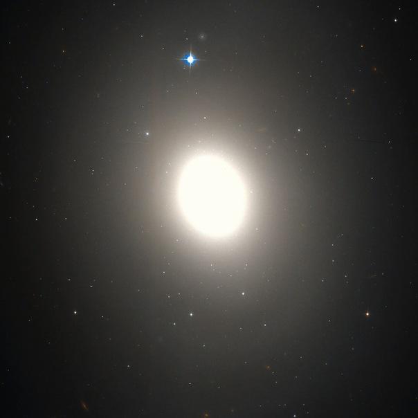фотоснимки объектов каталога Месье - М85