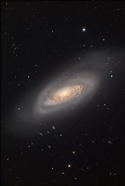 фотоснимки объектов каталога Месье - М90